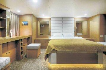 Отель на яхте, Портовая улица, 17 на 5 номеров - Фотография 3