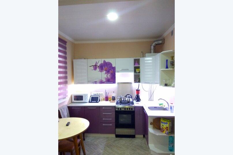 Дом под ключ, 40 кв.м. на 5 человек, 2 спальни, улица 8 Марта, 32, Евпатория - Фотография 1