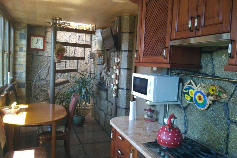 2-комн. квартира, 80 кв.м. на 5 человек, улица Кирова, 13, Ялта - Фотография 3