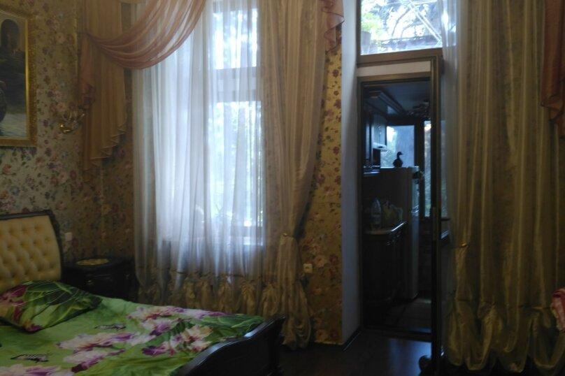 2-комн. квартира, 80 кв.м. на 5 человек, улица Кирова, 13, Ялта - Фотография 7
