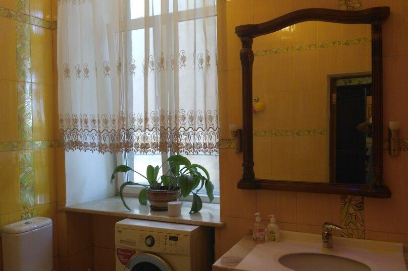 2-комн. квартира, 80 кв.м. на 5 человек, улица Кирова, 13, Ялта - Фотография 11
