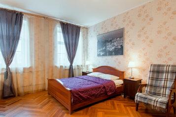 1-комн. квартира, 49 кв.м. на 4 человека, Невский проспект, Центральный район, Санкт-Петербург - Фотография 2