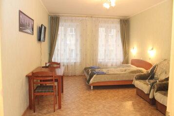 2-комн. квартира, 75 кв.м. на 8 человек, Мучной переулок, 7, метро Сенная пл., Санкт-Петербург - Фотография 1