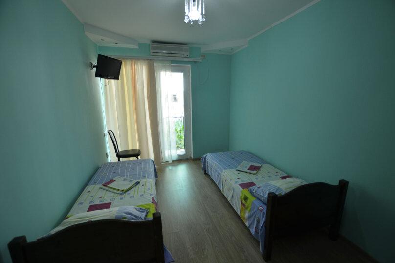 Небольшой двухместный номер с 1 кроватью, Коммунальная улица, 8, Судак - Фотография 1