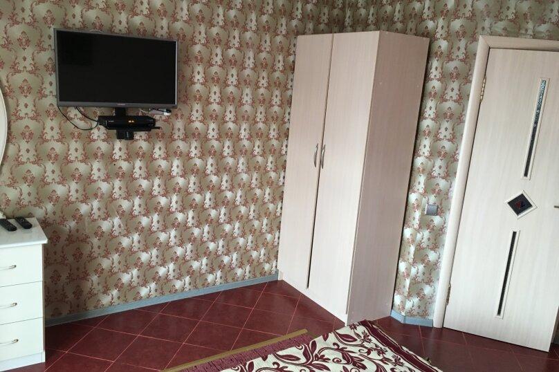 """Гостевой дом """"222"""", улица Луначарского, 222 на 15 комнат - Фотография 59"""