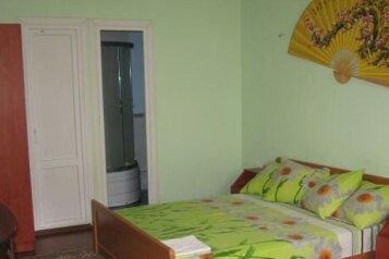 Трехкомнатный этаж дома под ключ, 100 кв.м. на 9 человек, 3 спальни, Мопровский переулок , 1, Феодосия - Фотография 3