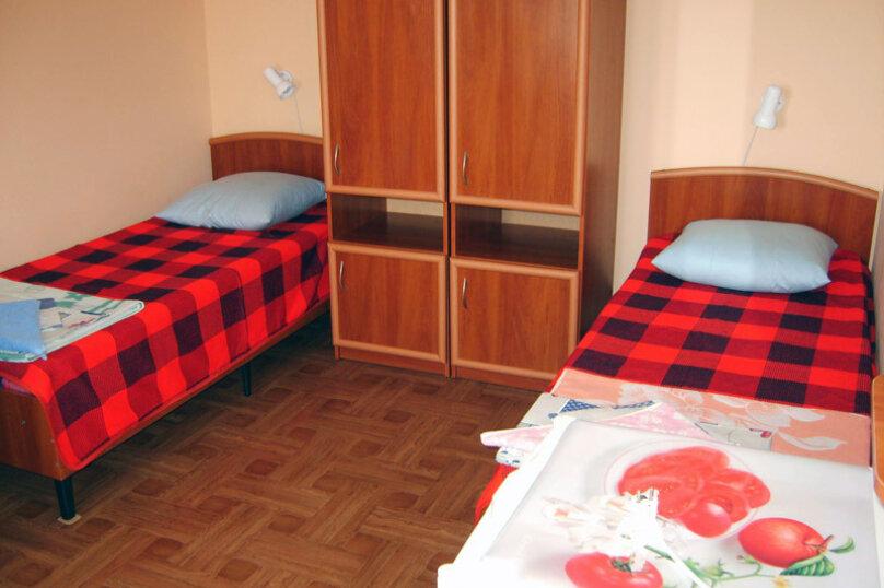 Стандартный номер с раздельными кроватями, улица Комарова, 15В, Песчаное - Фотография 1