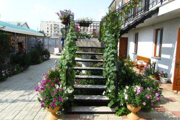 Гостиница, улица Комарова, 15В на 13 номеров - Фотография 3