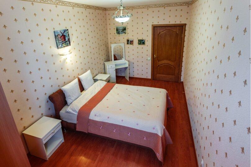 2-комн. квартира, 70 кв.м. на 6 человек, Коломяжский проспект, 26, Санкт-Петербург - Фотография 3