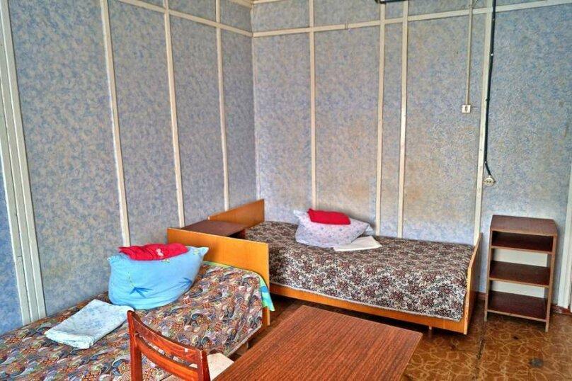 Койко-место в пятиместном эконом, улица Шмидта, 43, Бахчисарай - Фотография 1