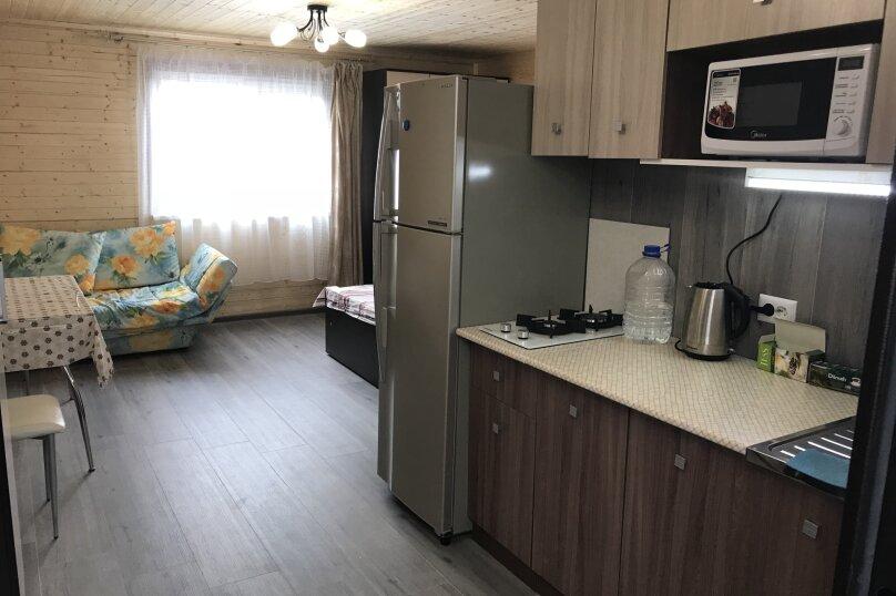 Однокомнатные аппартаменты для семьи под ключ , 27 кв.м. на 4 человека, 1 спальня, Лиманная , 12а, Витязево - Фотография 2
