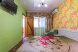 Семейный ,состоящий из трех номеров и своей кухней столовой, Партизанская улица, Дивноморское с балконом - Фотография 6