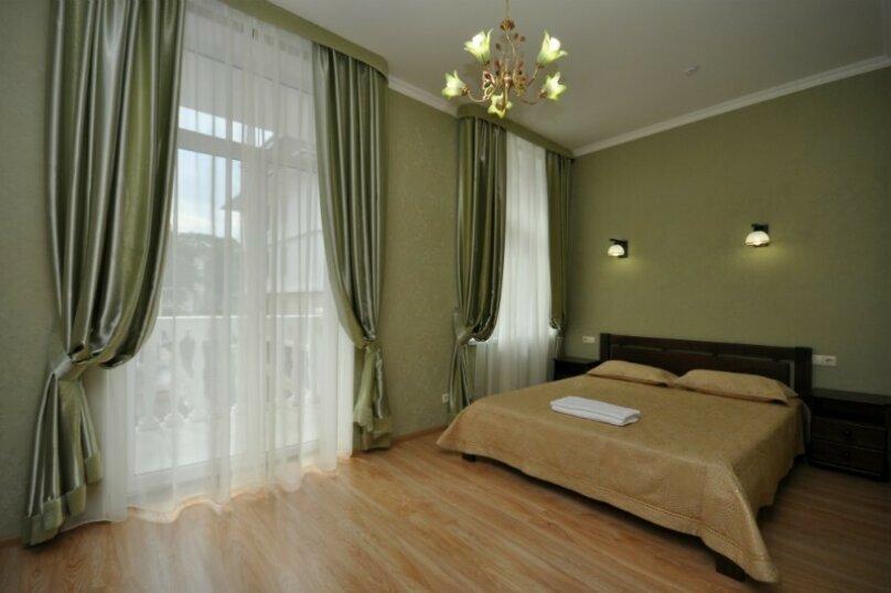 Стандарт 2-х местный улучшенный 2-спальная кровать, Челюскинцев, 49/42, Севастополь - Фотография 1