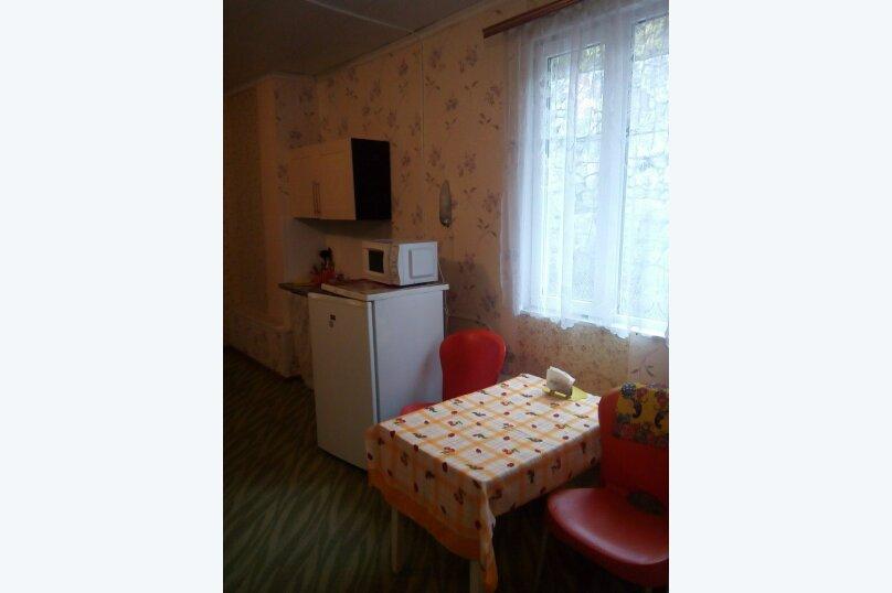 2-комн. квартира, 45 кв.м. на 6 человек, крутой спуск, 2, Алупка - Фотография 3