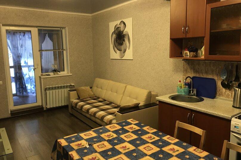Двухэтажное бунгало, 85 кв.м. на 8 человек, 2 спальни, Курортная, 57/3, Банное - Фотография 1