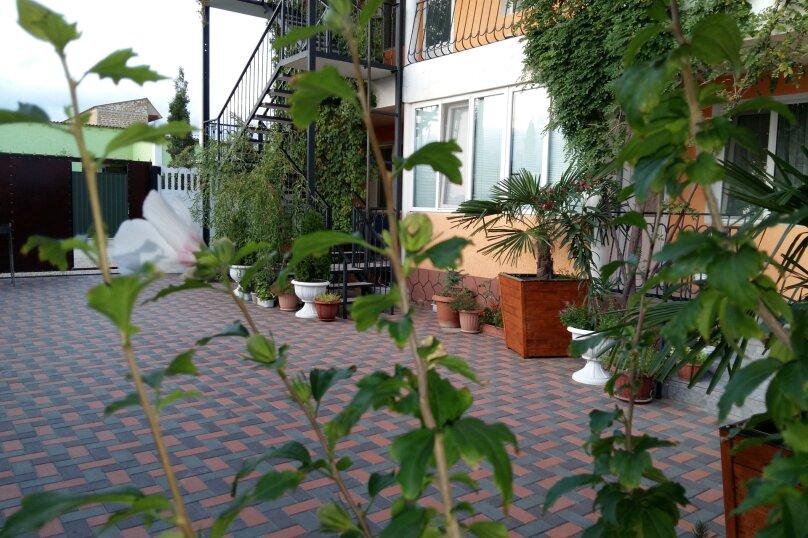 """Гостевой дом """"Эмиль"""", улица Юнус Кандым, 9 на 21 комнату - Фотография 3"""