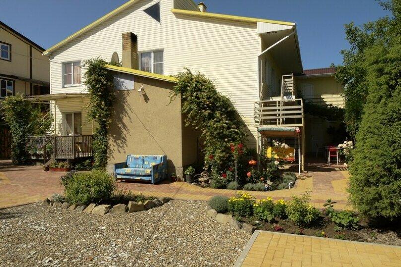 Гостевой дом Солнечный, Таманский проезд, 9 на 12 комнат - Фотография 4