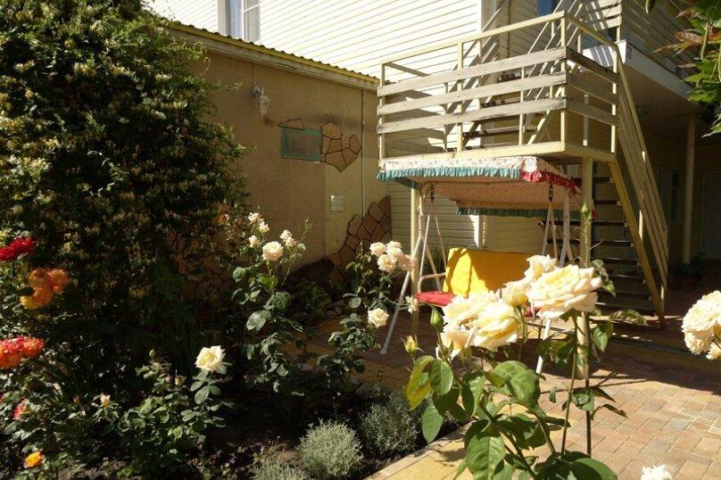 Гостевой дом Солнечный, Таманский проезд, 9 на 12 комнат - Фотография 7