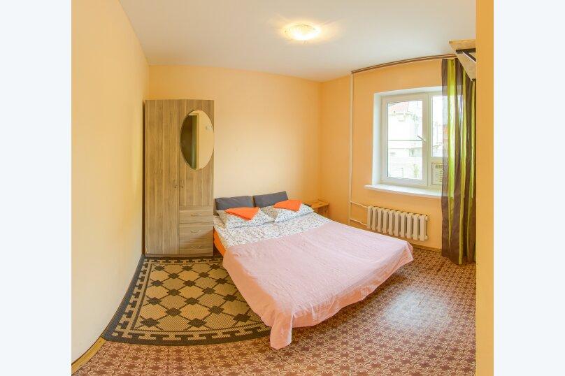 Двухместный стандарт с общей ванной комнатой, Камышовая улица, 13, Адлер - Фотография 1