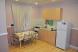 Двухкомнатный семейный номер с кухней и санузлом:  Номер, Стандарт, 4-местный, 2-комнатный - Фотография 19