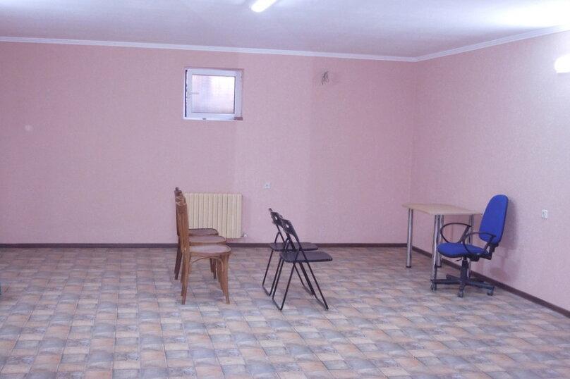 """Гостевой дом """"Южный дом"""", улица Тургенева, 242А на 9 комнат - Фотография 20"""