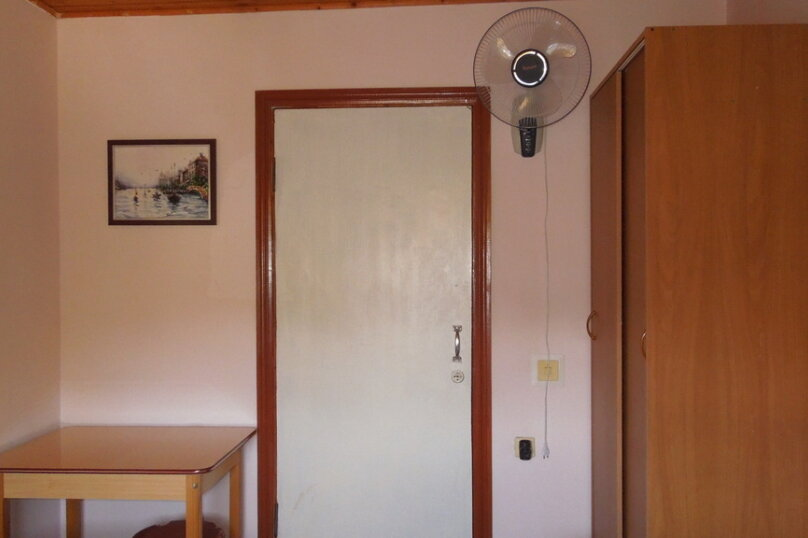 """Гостевой дом """"Южный дом"""", улица Тургенева, 242А на 9 комнат - Фотография 35"""