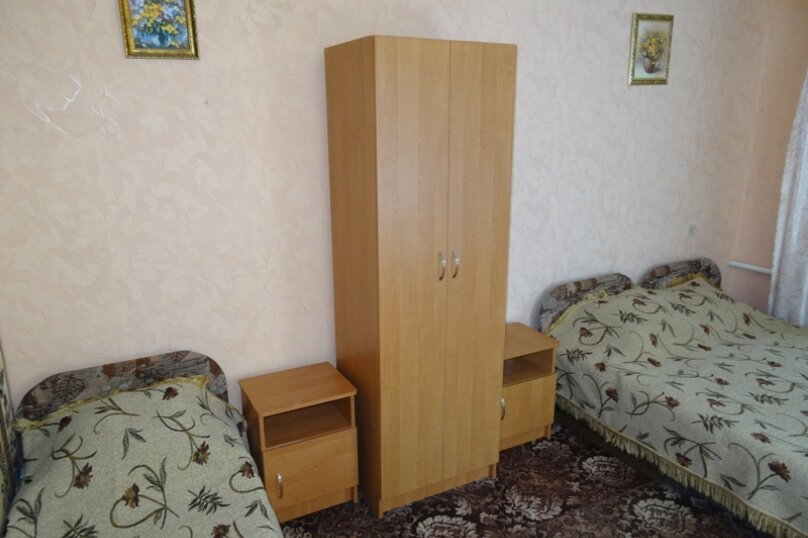 Номер №8, улица Ломоносова, 36, Судак - Фотография 1
