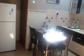 Сдаю дом на 5чел., 50 кв.м. на 5 человек, 2 спальни, улица Кочмарского, Феодосия - Фотография 2