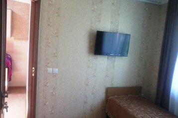 Сдаю дом на 5чел., 50 кв.м. на 5 человек, 2 спальни, улица Кочмарского, Феодосия - Фотография 4