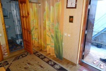 Дом, 60 кв.м. на 5 человек, 2 спальни, улица Ленина, Коктебель - Фотография 1