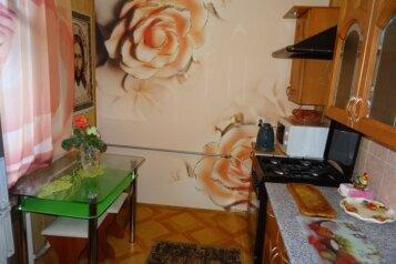 Дом, 60 кв.м. на 5 человек, 2 спальни, улица Ленина, Коктебель - Фотография 2