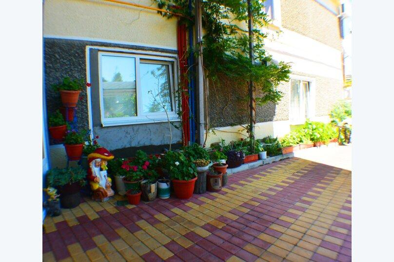 """Гостевой дом """"Даниела"""", Демократический переулок, 8 на 13 комнат - Фотография 8"""