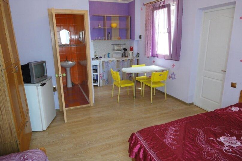 Гостевой дом Солнечный, Таманский проезд, 9 на 12 комнат - Фотография 49