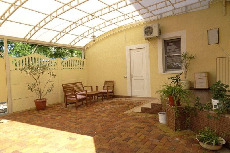 Гостевой дом Солнечный, Таманский проезд, 9 на 12 комнат - Фотография 51