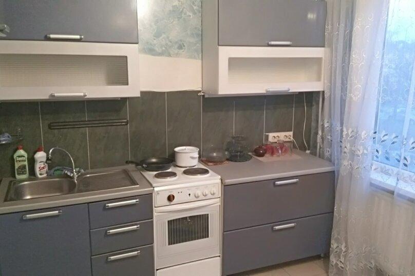 1-комн. квартира, 40 кв.м. на 4 человека, Серебристый бульвар, 38, Санкт-Петербург - Фотография 1