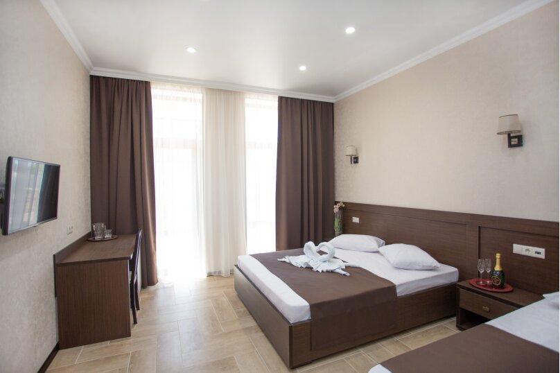 Отель  Coral, Золотые пески, 7 на 10 номеров - Фотография 7