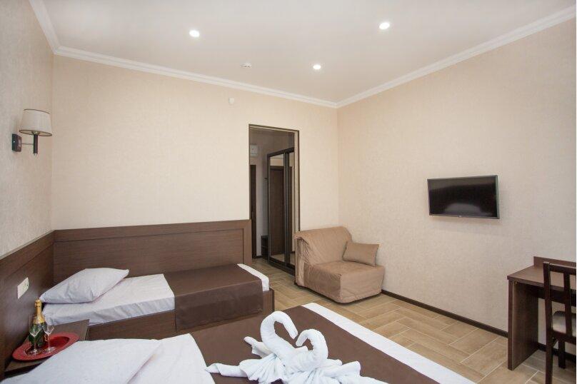 Отель  Coral, Золотые пески, 7 на 10 номеров - Фотография 8