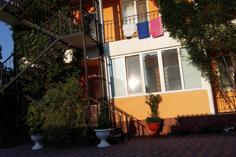 """Гостевой дом """"Эмиль"""", улица Юнус Кандым, 9 на 21 комнату - Фотография 17"""