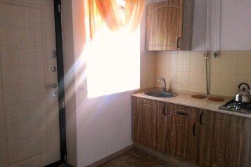 Дом, 38 кв.м. на 5 человек, 2 спальни, Морская улица, Ейск - Фотография 4