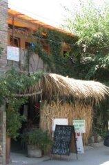 Гостеприимный дом , улица Десантников на 6 номеров - Фотография 2