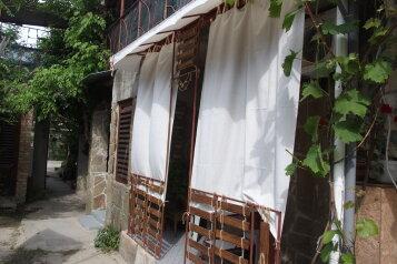 Гостеприимный дом , улица Десантников, 6 на 6 номеров - Фотография 3