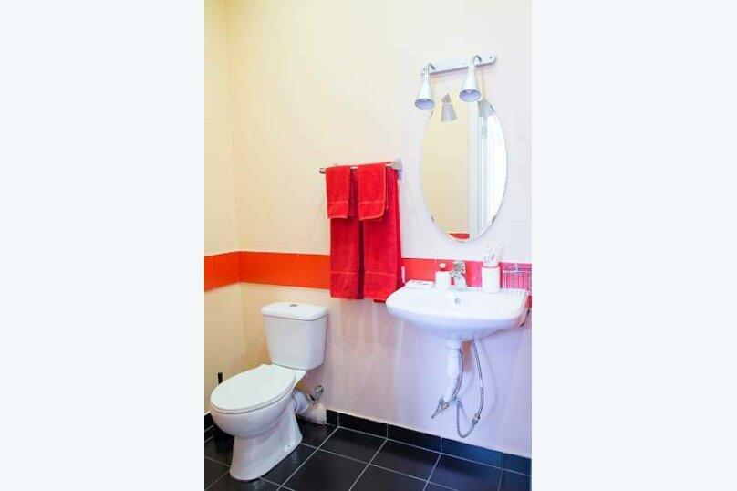 """Гостиница """"Red-Hotel"""", Красный проспект, 153А на 8 номеров - Фотография 16"""
