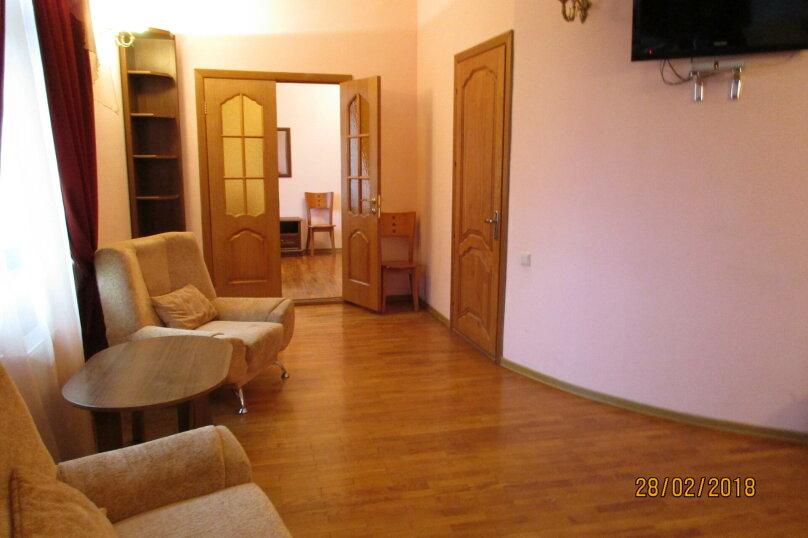 2-х комнатный номер-люкс, Галерейная улица, 3А, Феодосия - Фотография 1