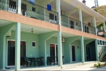 Гостевой дом, улица Алчак-Кая, 18 на 15 комнат - Фотография 1