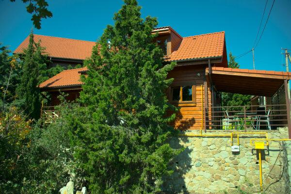 Дом, 64 кв.м. на 4 человека, 2 спальни, пер. Пограничный, 1, Алушта - Фотография 1