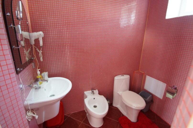 """Гостевой дом """"222"""", улица Луначарского, 222 на 15 комнат - Фотография 60"""