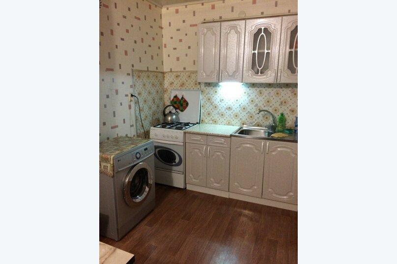 2-комн. квартира, 45 кв.м. на 4 человека, Хлебная, 3, Евпатория - Фотография 1