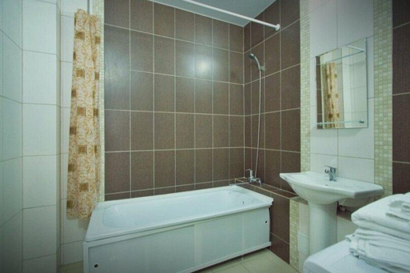 3-комн. квартира, 71 кв.м. на 6 человек, улица Авиаторов, 45, Красноярск - Фотография 7