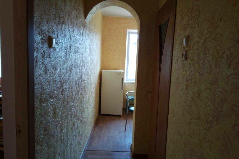 1-комн. квартира, 35 кв.м. на 4 человека, улица Ленина, 6, Штормовое - Фотография 2