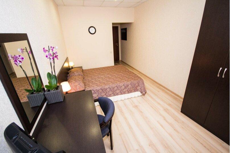 Двухместный стандарт с двуспальной кроватью, Тополиный проезд, 3, Анапа - Фотография 1